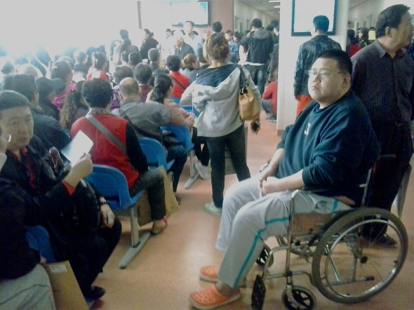 "Chinese hospitals underscore the ""waiting"" in  ""waiting room."""